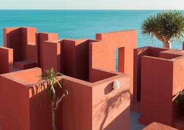 რიკარდო ბოფილი - ფერები და პოეზია არქიტექტურაში