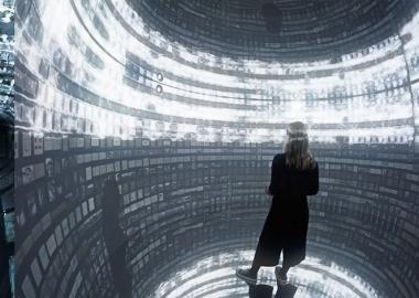 """ანადოლის მრავალმოცულობითი """"ჭკვიანი"""" პროექცია - Archive Dreaming"""