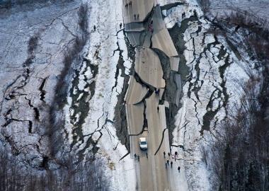 მიწისძვრა ალასკაში - დღის ფოტო