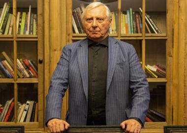 თბილისში ჩაწერილი ინტერვიუ რეჟისორ პიტერ გრინუეისთან