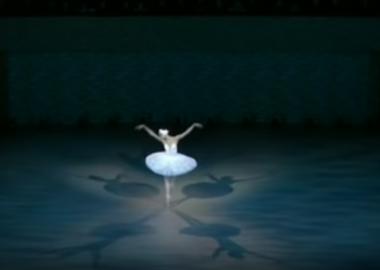 დღის ვიდეო: ქართველი ბალერინა ელენე გლურჯიძე კარლ ლაგერფელდისთვის