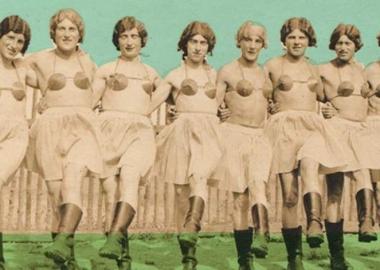ქალის თეთრეულში გამოწყობილი ვერმახტის ჯარისკაცები - ახლად აღმოჩენილი ფოტოარქივიდან