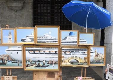 Banksy-ის ქუჩის სავაჭრო სტენდი ვენეციაში ხელოვნების ექსპერტებისგან შეუმჩნეველი დარჩა