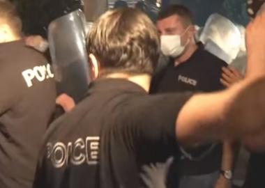 პოლიციის ძალადობის კადრები სხვადასხვა ონლაინ მედიიდან - VIDEO