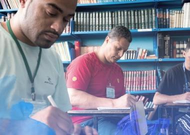 ბრაზილიელ პატიმრებს წიგნების კითხვაში სასჯელი უმცირდებათ