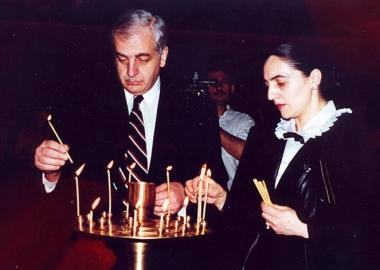 ზვიად გამსახურდია - 80  - პირველი პრეზიდენტისადმი მიძღვნილი გამოფენა ხელოვნების სასახლეში