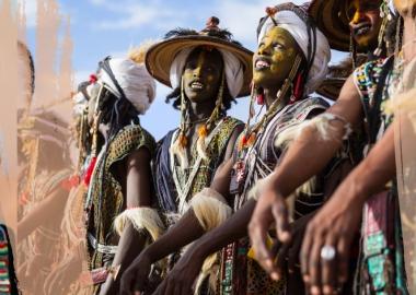 მამაკაცების სილამაზის კონკურსი საჰარას უდაბნოში