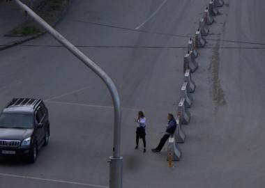 აივნიდან გადაღებული აღდგომა 2020 - კარანტინი ქართულად, მოტობურთის ელემენტებით