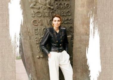 VOGUE იტალია: ინტერვიუ სოფო ჭყონიასთან