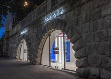 CROSTY პირველ კონცეპტუალურ მაღაზიას დამოუკიდებლობის დღეს გახსნის